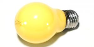 Siebdruck Werkzeug: Gelblicht Glühbirne, Fotoemulsion reagiert nicht auf dieses Licht