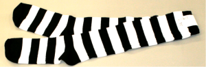 Fasnacht Waggis: Socken gestreift Schwarz / Weiss Gr 42-46