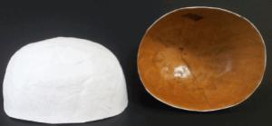 Gupf Grösse 1: innen: Larvenlack, aussen: Weiss grundiert